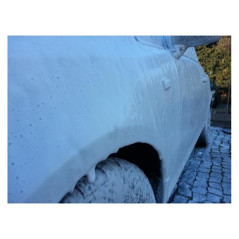 neutralna piana do mycia samochodu