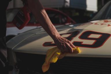 Nakładanie powłoki ceramicznej na auto
