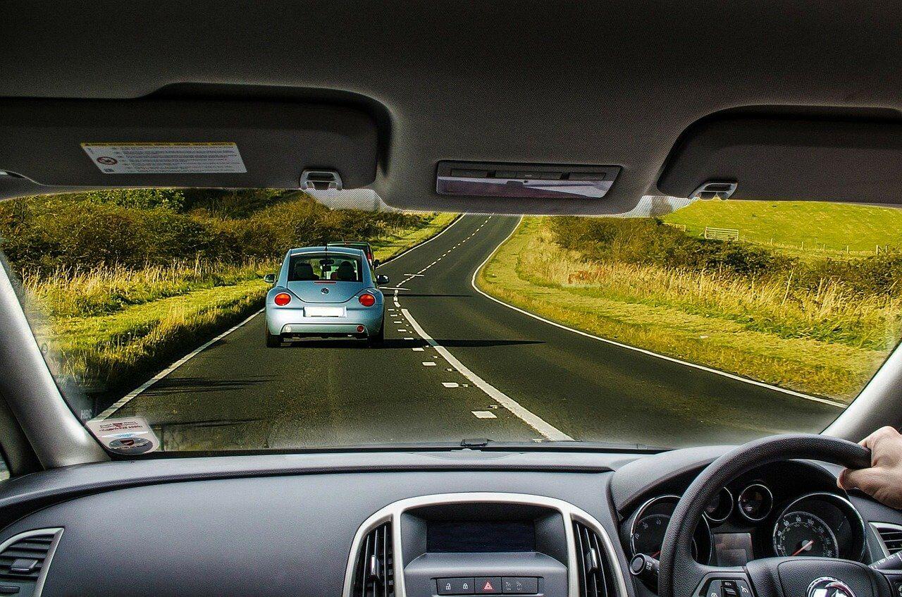 Uszczelnianie szyb w samochodzie