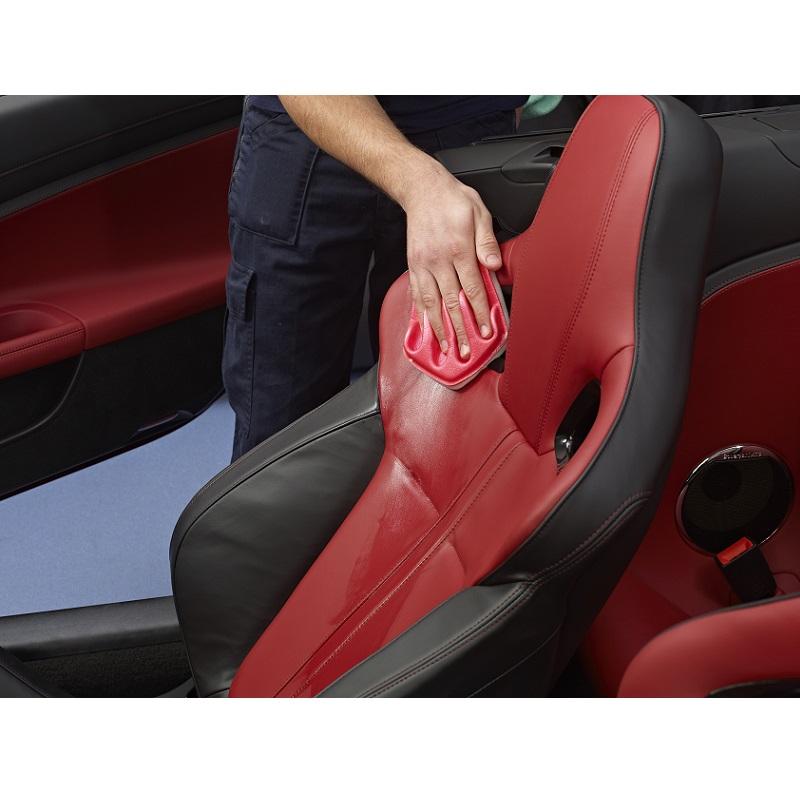 konserwacja skóry samochodowej